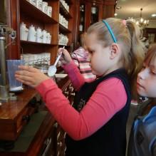 Wycieczka do Muzeum Farmacji