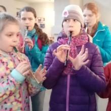 Występy uczniów z zespołu flażoletowego